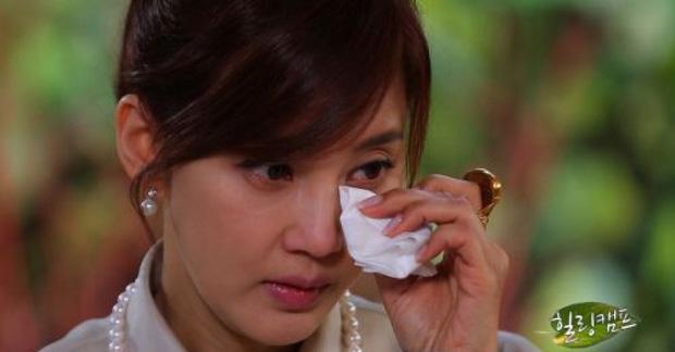 Dàn minh tinh nhận kết đắng vì lấy chồng siêu giàu: Á hậu sống như giúp việc trong gia tộc Samsung, quốc bảo xứ Hàn tự tử hụt - Ảnh 12.