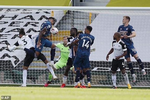 Vùi dập đối thủ trong mưa bàn thắng, Arsenal dõng dạc tuyên chiến với cả Premier League - Ảnh 1.