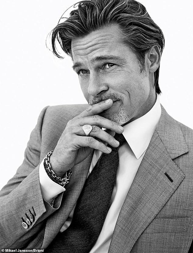 Phong độ tuổi 56 của Brad Pitt khiến phái nữ mê mẩn - Ảnh 3.