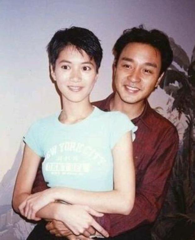 8 nàng thơ của Trương Quốc Vinh: Thư Kỳ thoát mác mỹ nhân 18+, Trương Bá Chi chưa khổ bằng chị đại sính ngoại bị cắm sừng - Ảnh 2.