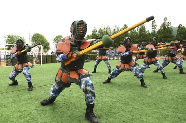 Giải mã chuyện Quân giải phóng Trung Quốc cầm Thanh Long đao áp sát trận địa Ấn Độ - Ảnh 2.