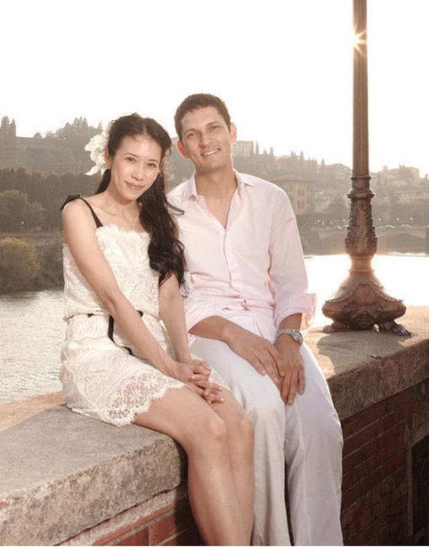 8 nàng thơ của Trương Quốc Vinh: Thư Kỳ thoát mác mỹ nhân 18+, Trương Bá Chi chưa khổ bằng chị đại sính ngoại bị cắm sừng - Ảnh 21.