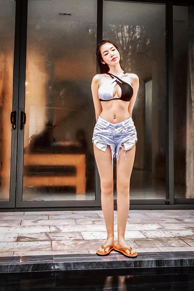 Elly Trần tung ảnh diện nội y nóng bỏng  - Ảnh 3.