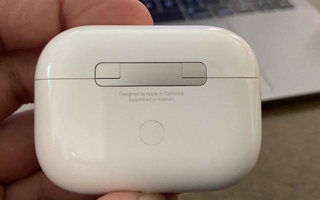 5.000 công nhân đình công: Luxshare ICT, công ty sản xuất tai nghe Airpods cho Apple tại Bắc Giang cam kết giải quyết kiến nghị của người lao động - Ảnh 3.