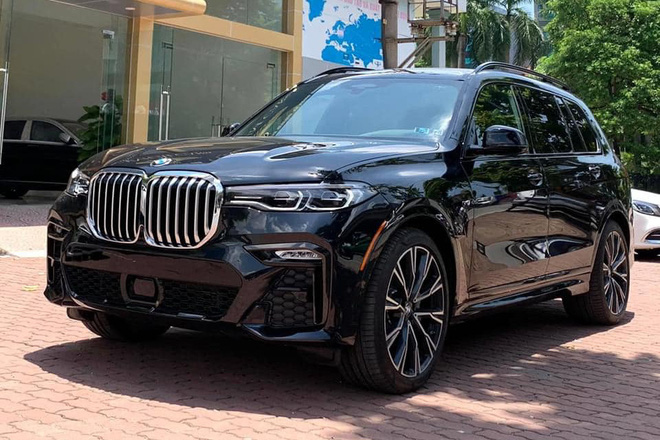 BMW X7 nhập tư hạ giá sốc: Rẻ hơn nửa tỷ đồng so với xe chính hãng, làm khó Lexus LX 570 - Ảnh 4.