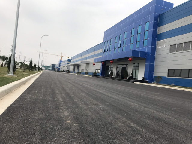 5.000 công nhân đình công: Luxshare ICT, công ty sản xuất tai nghe Airpods cho Apple tại Bắc Giang cam kết giải quyết kiến nghị của người lao động - Ảnh 4.