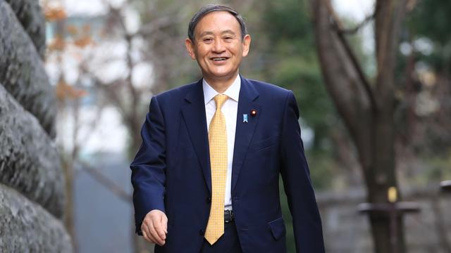 Cuộc sống lành mạnh của người chắc ghế tân Thủ tướng Nhật Bản: 71 tuổi, sáng đi bộ, đêm gập bụng, quyết tâm giảm 14 kg để tránh bệnh tật - Ảnh 1.