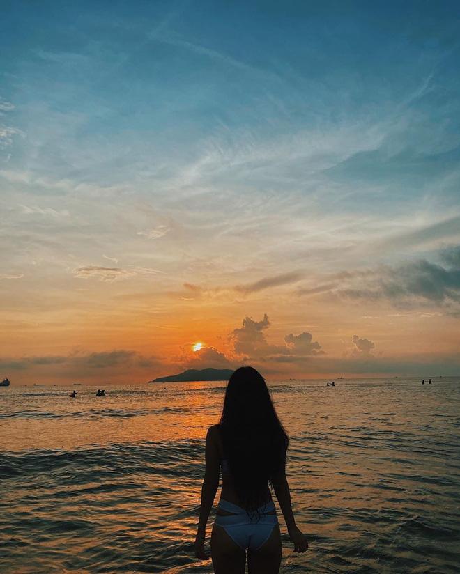 Chù Disturbia đốt nóng 'đường đua bikini' bằng loạt ảnh chụp từ 5 giờ sáng, muốn có ảnh đẹp phải chịu khó dậy sớm - ảnh 2
