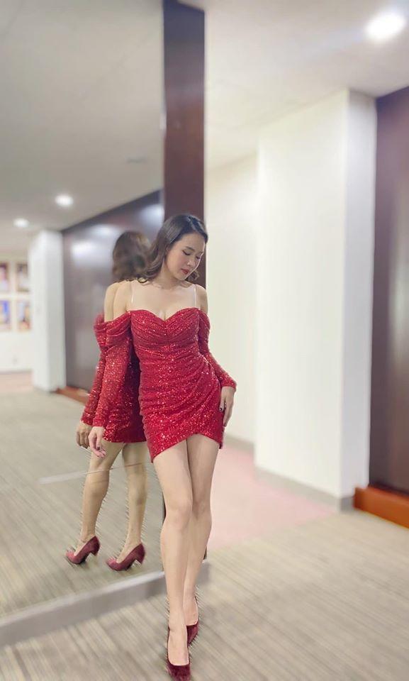 Chuyện ít biết về quãng thời gian làm người mẫu, MC của Hồng Diễm - Ảnh 11.