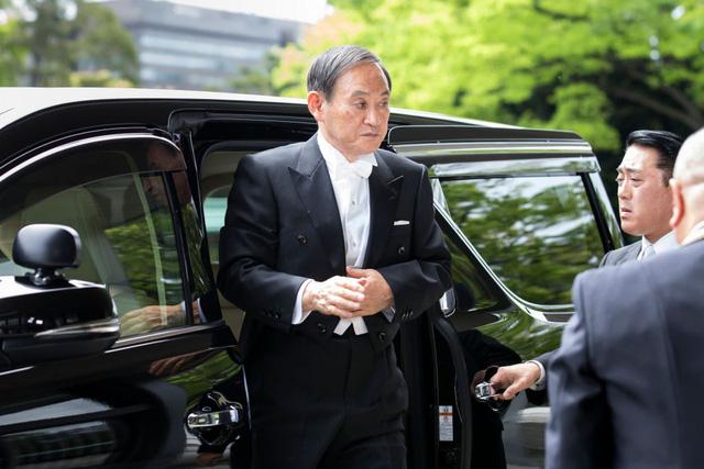 Cuộc sống lành mạnh của người chắc ghế tân Thủ tướng Nhật Bản: 71 tuổi, sáng đi bộ, đêm gập bụng, quyết tâm giảm 14 kg để tránh bệnh tật - Ảnh 3.