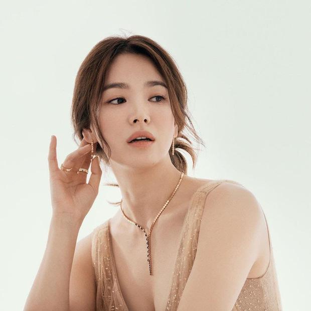 Bất ngờ với BXH nữ diễn viên Hàn Quốc đẹp nhất 2020: Son Ye Jin xuất sắc với vị trí đầu tiên, Song Hye Kyo vắng mặt trong top 5 - Ảnh 6.