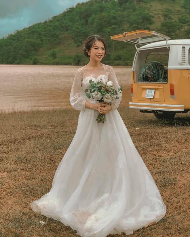 Trước Chi Bé, có rất nhiều gái xinh khiến cả MXH bất ngờ khi lấy chồng sinh con ở độ tuổi 18, 20 - ảnh 7