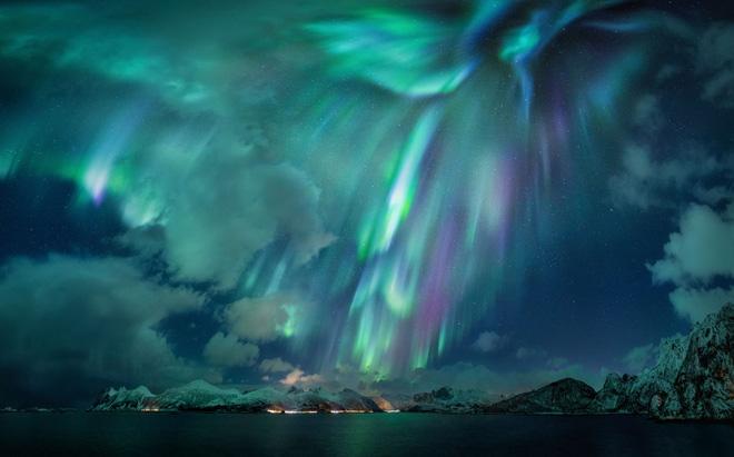 Bồi đắp tình yêu với Vũ trụ thông qua những tấm ảnh đoạt giải cuộc thi nhiếp ảnh danh giá - Ảnh 2.