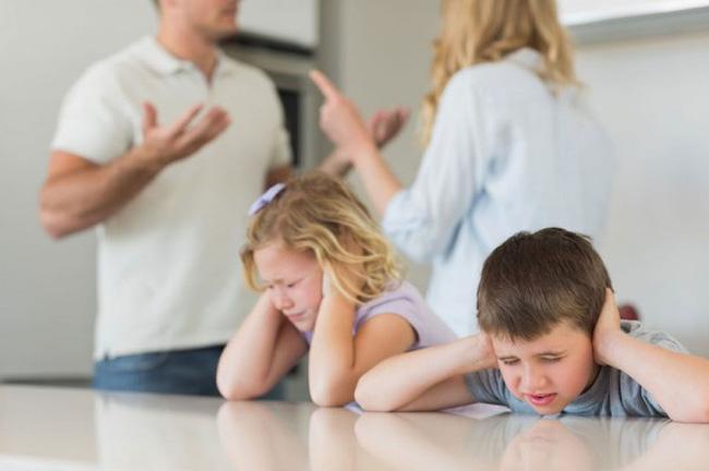 4 tai họa sẽ ập xuống bất cứ gia đình nào nếu người chồng đối xử tệ bạc với vợ: Đáng ngẫm! - Ảnh 2.