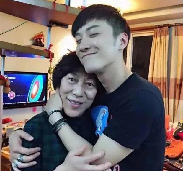 Sinh nhật tuổi 33 của tài tử quá cố Kiều Nhậm Lương: Trần Kiều Ân đăng ảnh đặc biệt, mẹ ruột tâm sự khiến fan rơi nước mắt - Ảnh 8.