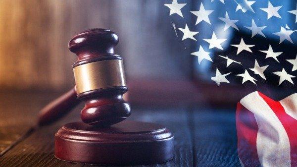 Nói chuyện với 1 ông lão sửa giày trước giờ xét xử, 3 tuần sau, người công nhân bất ngờ thoát được bản án phải ngồi tù - Ảnh 2.