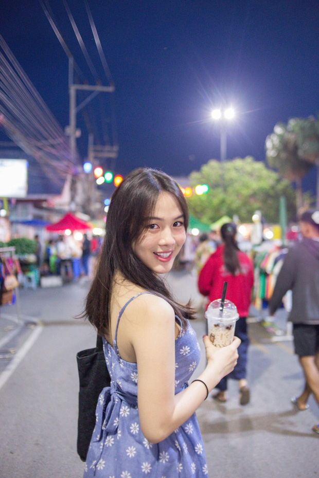 Dân mạng Trung Quốc phát sốt vì hot girl trà sữa Thái Lan, không giấu giếm mình là người chuyển giới - Ảnh 3.