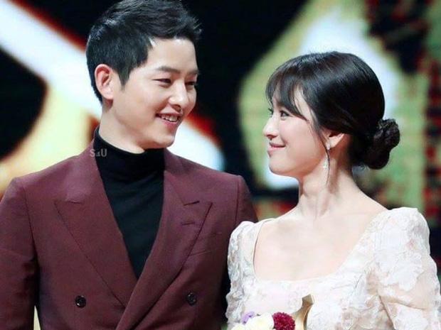 """Kết cục 5 sao nam châu Á """"đội vợ lên đầu"""": Người bị cắm sừng, kẻ ly hôn ầm ĩ, riêng Lee Byung Hun lên hương dù dính bê bối ngoại tình - Ảnh 5."""