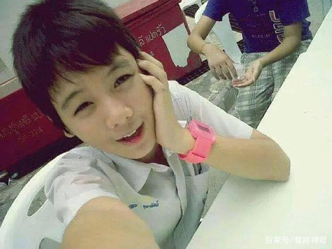 Dân mạng Trung Quốc phát sốt vì hot girl trà sữa Thái Lan, không giấu giếm mình là người chuyển giới - Ảnh 6.