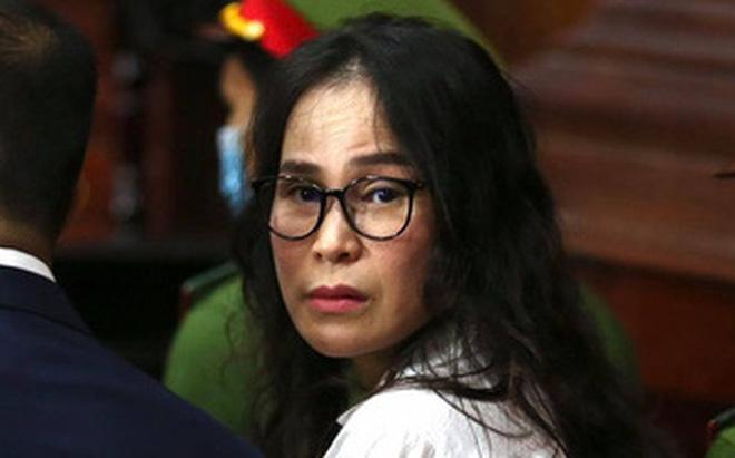 Người tình của ông Nguyễn Thành Tài nghẹn ngào tại tòa: Tôi luôn tự hỏi vì sao mình ra nông nỗi này? - Ảnh 2.