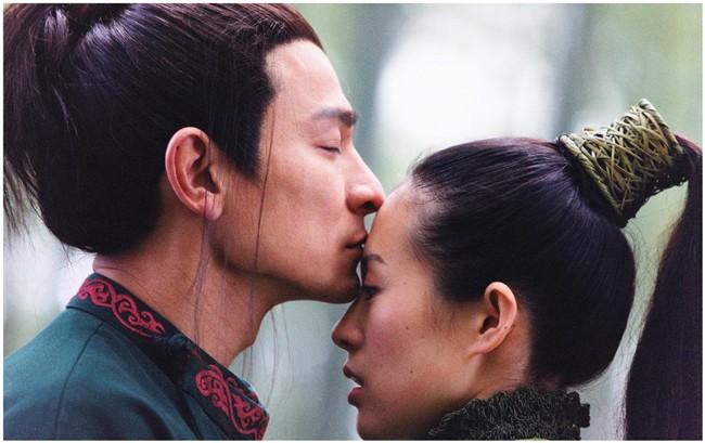 Tiết lộ lý do khiến Chương Tử Di bỏ cơm mấy ngày khi quay cảnh hôn với Lưu Đức Hoa - Ảnh 1.