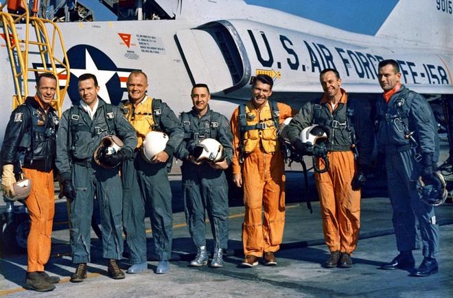 Câu chuyện có thật về Mercury 13 và những người phụ nữ chưa từng lên vũ trụ - Ảnh 1.