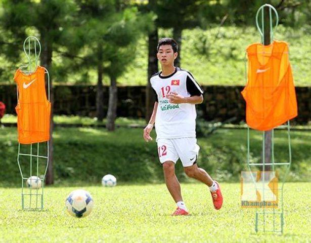 Tái ngộ với Công Phượng, sao U19 Việt Nam một thời hi vọng bùng nổ trong màu áo TP.HCM - Ảnh 1.