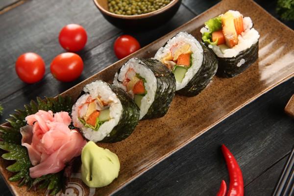 Nhật Bản công bố người sống thọ nhất thế giới gần 118 tuổi, tiết lộ bí quyết ăn để thọ - Ảnh 4.