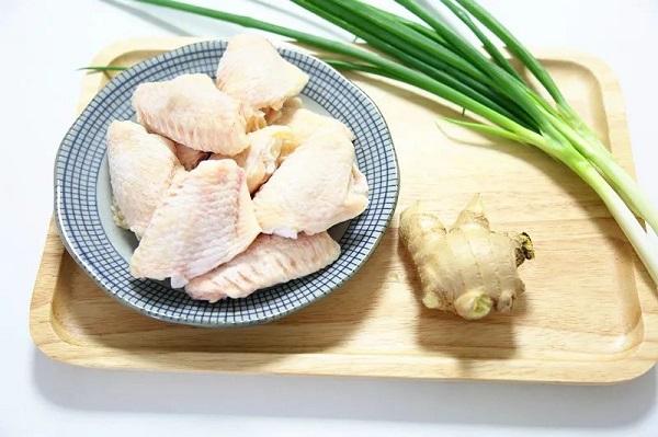Không cần dầu ăn bạn vẫn làm được món cánh gà giòn tan, thơm phức khiến cả nhà bất ngờ - Ảnh 1.