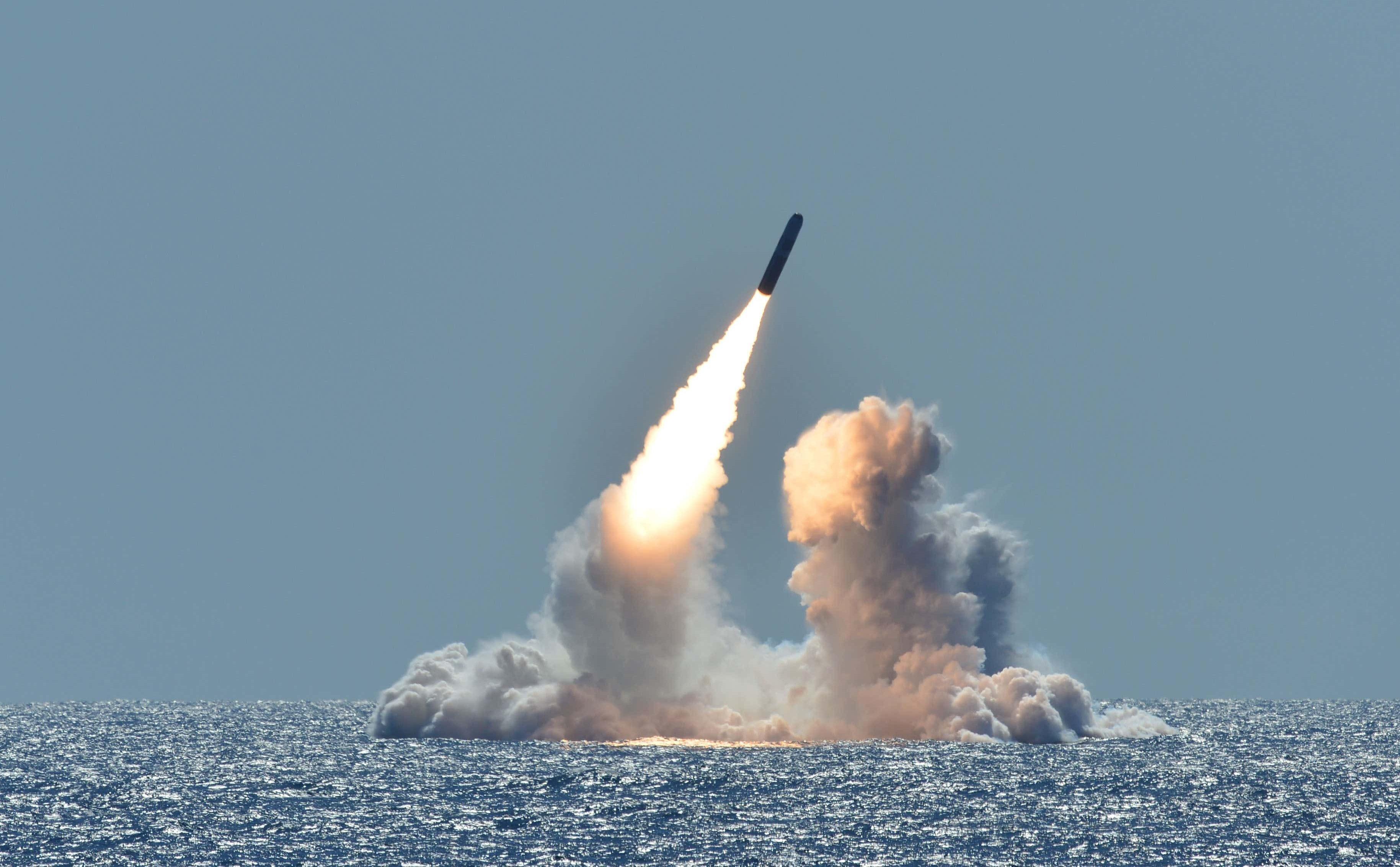 Ông Trump đã lên kế hoạch tấn công Triều Tiên bằng 80 quả bom hạt nhân như thế nào?
