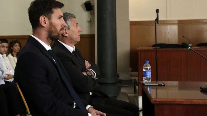 Messi nhất quyết rời Barca: Nhân vật chính chỉ là con rối trong tay Bố già xảo quyệt - Ảnh 2.