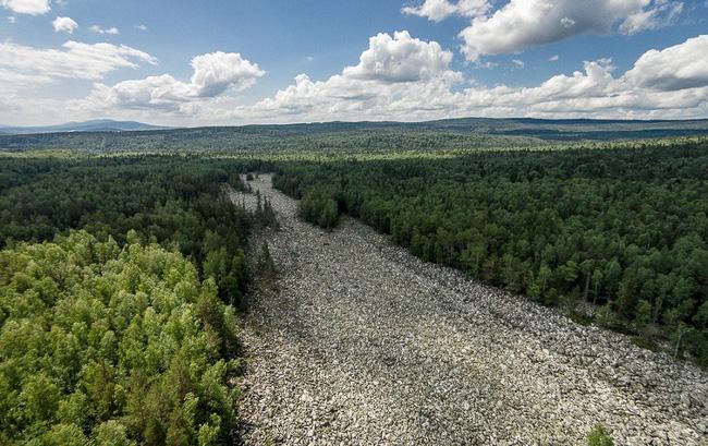 Chuyện ly kỳ về dòng sông không có nổi một giọt nước suốt hàng nghìn năm qua nhưng đẹp lung linh vì điều bất ngờ - Ảnh 6.