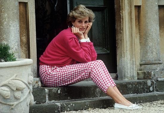 Ít ai biết Công nương Diana từng phải vật lộn với căn bệnh bí mật - Ảnh 1.