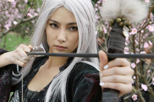 Loạt mỹ nhân Hoa ngữ đọ độ quyến rũ trong tạo hình tóc trắng - ảnh 1