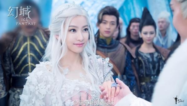 Loạt mỹ nhân Hoa ngữ đọ độ quyến rũ trong tạo hình tóc trắng - ảnh 11