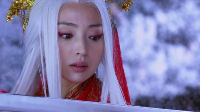 Loạt mỹ nhân Hoa ngữ đọ độ quyến rũ trong tạo hình tóc trắng - ảnh 4