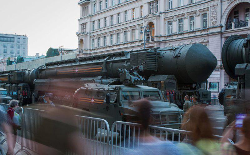 """Đặc phái viên của Tổng thống Trump """"nắn gân"""" Nga, ra điều kiện về START"""