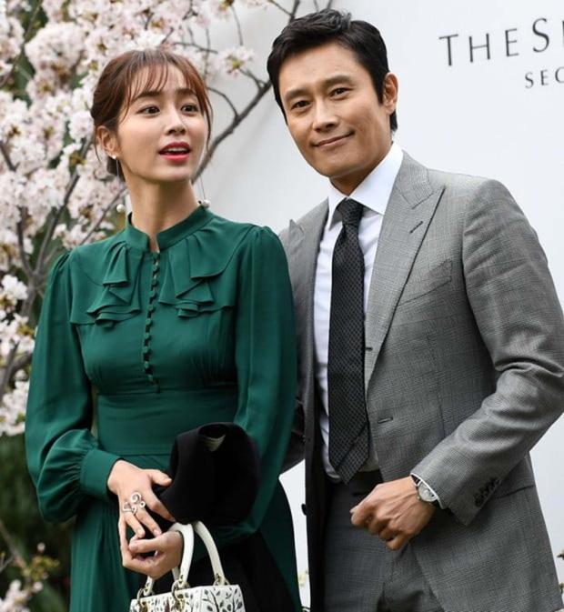6 năm sau vụ ngoại tình rúng động, mỹ nhân Vườn Sao Băng có chia sẻ ngỡ ngàng về người chồng bội bạc Lee Byung Hun - Ảnh 2.