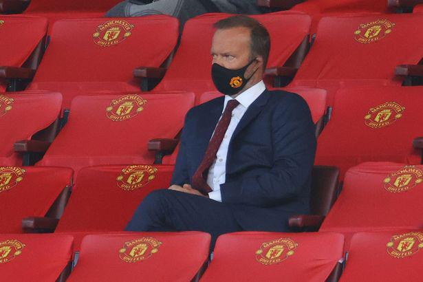 Thua Crystal Palace, phó chủ tịch M.U cuống cuồng tìm người thay Victor Lindelof - Ảnh 1.