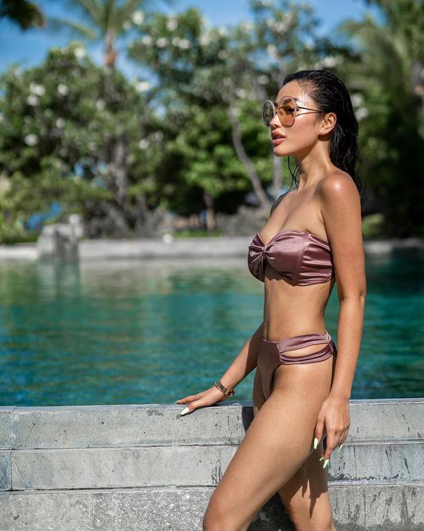 Da nâu + Dáng nuột: Combo huỷ diệt mới của hội gái đẹp trên Instagram - ảnh 23