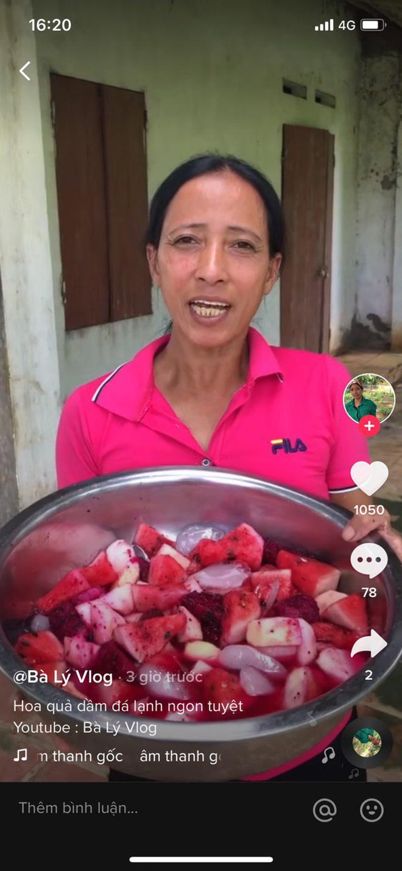 Bà Lý Vlog tiếp tục ra video sau tuyên bố giải nghệ, netizen bình luận: Chắc bà học theo Quang Hải - Huỳnh Anh đúng không? - Ảnh 5.