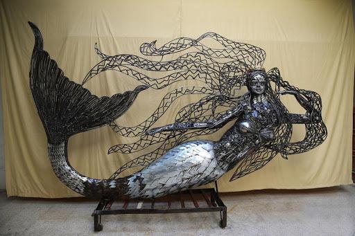 Những tác phẩm tinh xảo được làm từ sắt vụn - Ảnh 4.