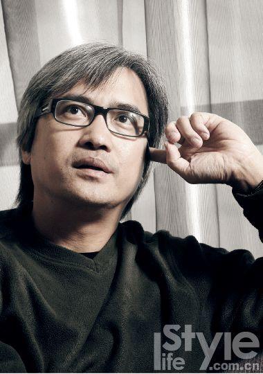 Đạo diễn nổi tiếng Hong Kong qua đời vì ung thư khi chưa đến tuổi hưu: Những dấu hiệu cần biết sớm - Ảnh 2.