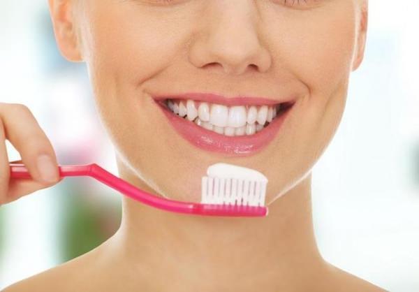 Răng vàng ố lâu ngày, miệng hôi khó chịu: Chỉ cần làm một việc này là khắc phục được ngay - Ảnh 4.
