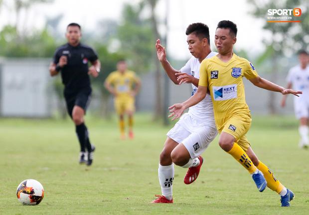 Dương Quang Trung Hiếu: Sát thủ triển vọng của bóng đá Việt với số áo kỳ lạ và ước mơ cao lớn như Ronaldo - Ảnh 11.