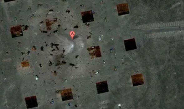 Google Earth phát hiện bí mật quân sự Trung Quốc muốn che giấu ở sa mạc Gobi? - Ảnh 3.