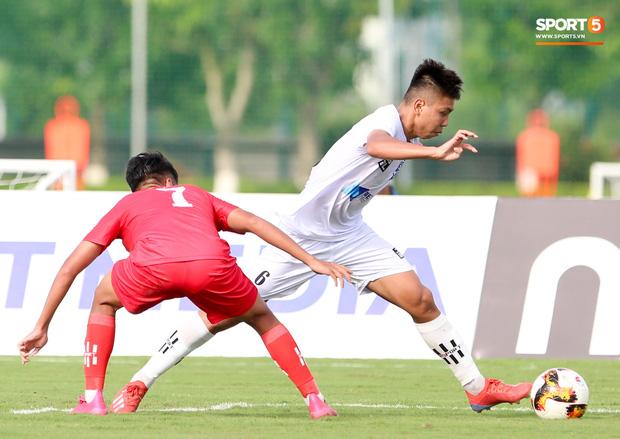 Dương Quang Trung Hiếu: Sát thủ triển vọng của bóng đá Việt với số áo kỳ lạ và ước mơ cao lớn như Ronaldo - Ảnh 5.