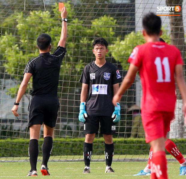 Dương Quang Trung Hiếu: Sát thủ triển vọng của bóng đá Việt với số áo kỳ lạ và ước mơ cao lớn như Ronaldo - Ảnh 6.