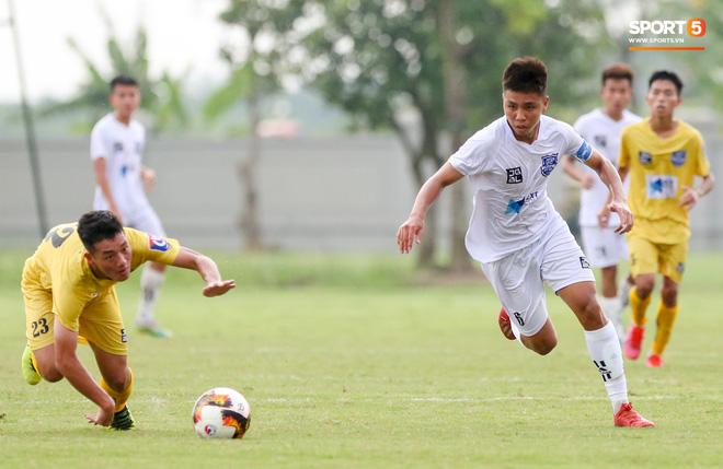 Dương Quang Trung Hiếu: Sát thủ triển vọng của bóng đá Việt với số áo kỳ lạ và ước mơ cao lớn như Ronaldo - Ảnh 8.
