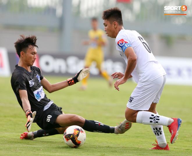 Dương Quang Trung Hiếu: Sát thủ triển vọng của bóng đá Việt với số áo kỳ lạ và ước mơ cao lớn như Ronaldo - Ảnh 10.